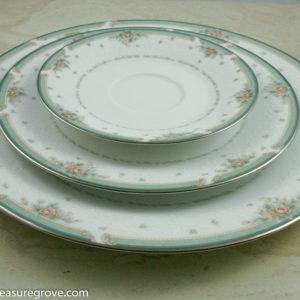 Noritake Pattern 4101 \u201cGreenbrier\u201d Replacement Plates & Mikasa \u201cHarrow Pattern\u201d Fine Bone China Setting for 8 (40 pieces ...